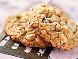 Арахисовое печенье с изюмом (рецепт)