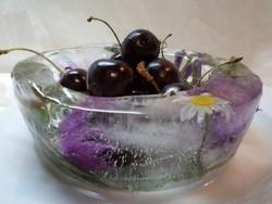 Как сделать ледяную вазу?