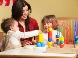Игры для развития детей от 1,5 лет по методике Монтессори