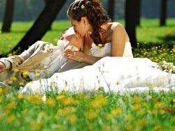Выбираем время года для свадьбы